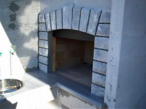 14 Rostilj-na-balkonu